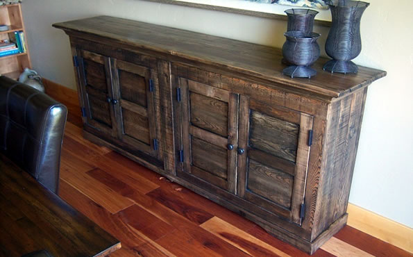 Rustic fir buffet table