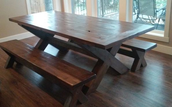 Knotty alder table w/benches